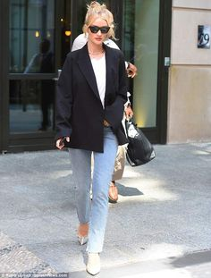 Rosie Huntington-Whiteley looks ready for business in sharp blazer | Daily Mail Online