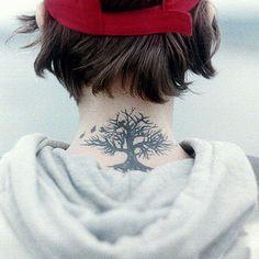 Tathunting for neck tats. Neck Tattoos, Girl Tattoos, Body Modifications, Types Of Art, Tatting, Body Art, Tattoo Ideas, Ink, Girls