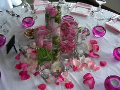 Decorating a Table for a Party - Table Decorations