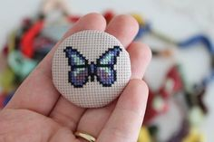 This Pin was discovered by Nes Tiny Cross Stitch, Butterfly Cross Stitch, Simple Cross Stitch, Cross Stitch Alphabet, Modern Cross Stitch, Funny Cross Stitch Patterns, Cross Stitch Designs, Cross Stitching, Cross Stitch Embroidery