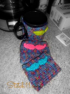 Mustache Mug Cozy- free patterns