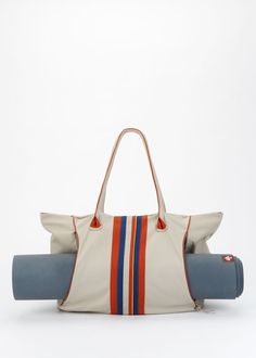 the best yoga tote ever that is fun and functional + made with organic cotton by Rodales | Sambazon