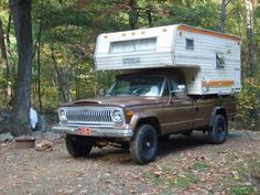 "1978 Jeep J20 with Maple Leaf ""slide in"" Camper"