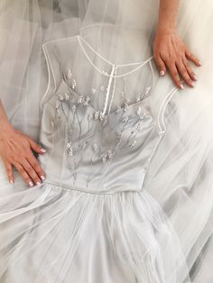 Gray round neck tulle long prom dress, evening dress, Customized service and Rush order are available Dresses Elegant, Pretty Dresses, Beautiful Dresses, Event Dresses, Prom Dresses, Formal Dresses, Wedding Dresses, Dress Prom, Dress Plus Size