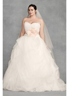 vera wang wedding dresses with straps vera wang wedding dresses with sleeves. White by Vera Wang Plunging Sheath Wedding Dress Style from David's Bridal at SHOP. Plus Wedding Dresses, Wedding Dress Prices, Bridal Party Dresses, Wedding Dress Styles, Bridal Gowns, Wedding Gowns, Chic Wedding, Wedding White, Dream Wedding