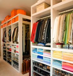 I like to organize my closet by style, color, purpose & aesthetic ;-)