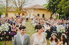 Fazenda encantadora com espaço ao ar livre e interno também! Para as noivas e noivos que gostam de um ar rústico :) - Fazenda Vassoural -