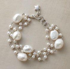 Present-day pearl bracelet