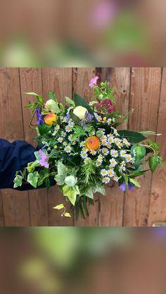 Gardenia Wedding Flowers, Floral Wreath, Bouquet, Herbs, Wreaths, Bridal, Plants, Floral Crown, Door Wreaths