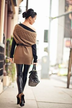 http://www.wendyslookbook.com | Earthy Colors :: Brown textures & Black polish