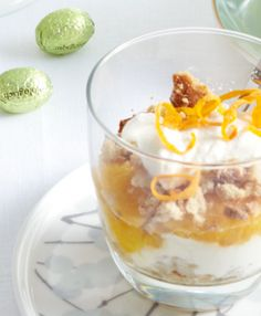 Een voorjaarsrecept voor sinaasappel-ricotta trifle te maken. Lekker voor tussendoor of als toetje.
