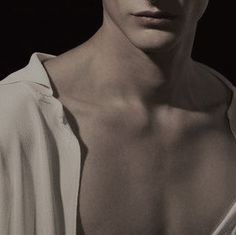 Jay with his scars concealed – Jay mit versteckten Narben – Alice Cullen, Edward Cullen, Foto Top, Rosalie Hale, The Secret History, Throne Of Glass, Character Aesthetic, Draco Malfoy, Greek Mythology