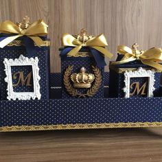 Kit higiene ursinho príncipe ,em mdf,todo revestido tecido,detalhes dourado,feito por encomenda na cor desejada. Baby Party, Baby Shower Parties, Baby Boy Shower, Bling Pacifier, Bathroom Crafts, Kit Bebe, Decoupage Box, Baby Kit, Unique Baby