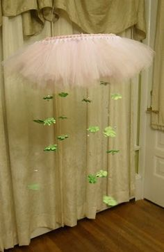 tutu mobile for an adorable baby girl, but we could swap out the hangy dealies and add crystals instead?