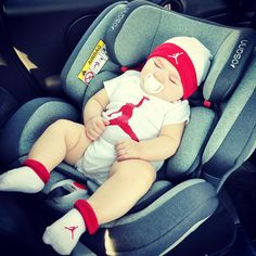 "Dallas on Instagram: ""Apparently white men cant jump but it's ok, I'm not a man (yet) 😏 #babiesofinstagram #kidsofinstagram #babyboy #babyfashion #jordan #nike…"" Jordan Nike, Little People, White Man, Children, Kids, Dallas, Baby Boy, Cute, Men"