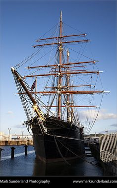 RRS Discovery at Discovery Point Dundee Scotland by Mark Sunderland, via Flickr