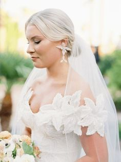 Sparkling Hacienda-style Arizona Micro Wedding at Royal Palms Scottsdale – Ashley Rae Photography 6 Wedding Veils, Our Wedding, Dream Wedding, Wedding Dresses, Got Married, Getting Married, Friends Are Like, Arizona Wedding, I Dress