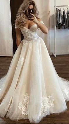 W Dresses, Ball Gown Dresses, Bridal Dresses, Wedding Dress Suit, Party Dress, Gown Wedding, Lace Wedding, Dream Wedding, The Dress
