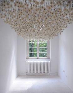 Dandelion puffballs installed on the ceiling create an amazing art installation by Regine Ramseier. Instalation Art, Dandelion Art, Colossal Art, Foto Art, Heart Art, Belle Photo, Sculpture Art, Amazing Art, Contemporary Art
