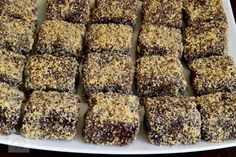 "Prajitura ""Tavalita"" - CAIETUL CU RETETE Krispie Treats, Rice Krispies, Banana Bread, Food And Drink, Sweets, Yum Yum, Desserts, Tailgate Desserts, Deserts"