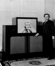 182 Best Vintage Tvs And Radios Images Vintage Tv Tv