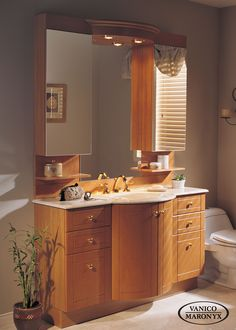 Classic modern bath vanity bu Vanico Maronyx / Allegria Collectio