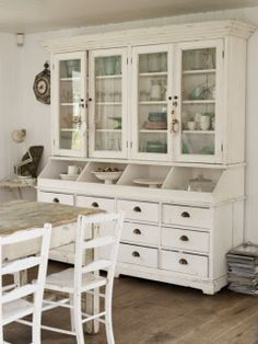 Creamy white vintage style hutch