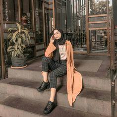 new ideas style hijab casual pants 7 Modern Hijab Fashion, Street Hijab Fashion, Hijab Fashion Inspiration, Muslim Fashion, Modest Fashion, Retro Fashion, Fashion Outfits, Style Inspiration, Teen Fashion