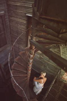 I love spiral staircases.  And people in love.  Winning.