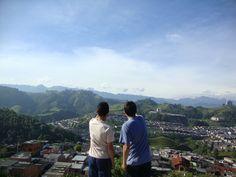 Los tres picos nevados del Ruiz en Manizalez, Colombia