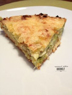 Hallo ihr Lieben, Vor einiger Zeit haben meine Kollegin und ich begonnen auf der Arbeit ein Kochbuch zu schreiben. Da die richtige Auswahl zu treffen ist hat nicht so einfach, denn klar, vegetarisc...