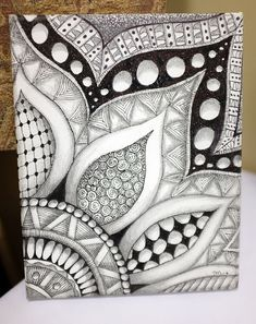 Drawings, doodle patterns, doodles zentangles, doodle drawings, geometric p Doodles Zentangles, Zentangle Drawings, Doodle Drawings, Pencil Drawings, Zentangle Art Ideas, Easy Zentangle Patterns, Flower Drawings, Mandala Art, Image Mandala