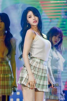 – Mijoo alcohol tolerance is one and half or two bottles of soju. [Ilgan Sport's DrunkDol Interview] – When drinking, Mijoo likes to . Asian Cute, Cute Asian Girls, Beautiful Asian Girls, Cute Girls, Kpop Girl Groups, Kpop Girls, Korean Beauty, Asian Beauty, Korean Summer Outfits
