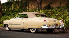1952 Cadillac Series 62 Convertible Maintenance/restoration of old/vintage vehicles: the material for new cogs/casters/gears/pads could be cast polyamide which I (Cast polyamide) can produce. My contact: tatjana.alic@windowslive.com