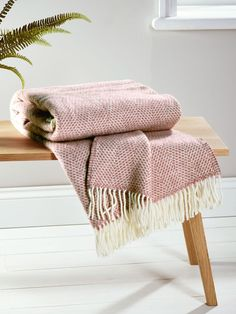 Soft Wool Throw - Blush