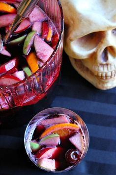10 Deliciously Boozy Halloween Punch Recipes - Boozy Halloween punch is a must if you're throwing a Halloween party. Here are 10 delicious punch recipes that all your guests will love! Halloween Coctails, Halloween Punch, Halloween Drinks, Halloween Treats, Halloween Party, Spooky Halloween, Halloween Foods, Halloween Decorations, Spooky Food