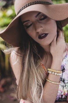 Ensaio 15 anos da #maravilhosa, Luiza. Fotografia de Rick Joilly.   #ensaiode15anos #book #book15anos #15anos #model #teen #tumblr #tatoo #make #hair #branco #lookbranco #nature #feiradesantana #fotografoprofissional #fotografofeiradesantana #bahia #brasil #alagoinhas #salvador #lips #acessórios