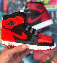 #hypebeast #sneakers #kicks #shoes #nike #adidas #yeezy #jordan #fashion #sneakersfemme #sneakershomme #unisex #streetwear #modestreetwear #modetendance #basketnikefemme #streetwearfashion #airmax #airforce #chaussures #chaussuresnike #chaussuresjordan #chaussuresretro #stockx #stockxsneaker Hypebeast Sneakers, Sneakers Nike, Mode Streetwear, Streetwear Fashion, Basket Nike, Kicks Shoes, Nike Huarache, Yeezy, Air Max