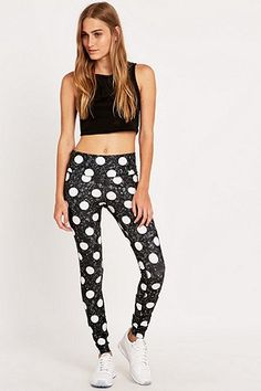 Nike Legend Spot Leggings - Urban Outfitters