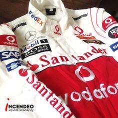 Mercedes Benz Santander Racing Jacket. #mercedesbenz #santander #racing #formula1 #jacket #vodafone #mobil #bridgestone #fedex #sap #aigo #johnnywalker #collection #collectible #car #clothing #incendeo #infiniteserendipity #外套 #奔驰 #跑车 #收藏