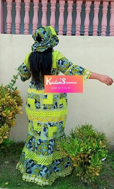 African Fashion Ankara, Model Photos, Captain Hat, Hair Beauty, Chic, Dresses, African Style, African, Modern African Fashion