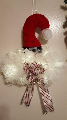 Deco mesh Santa hat wreath, Christmas Wreath - Santa Hat, Santa Deco Mesh Wreath Hat,