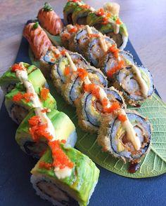 everybody loves to eat Sashimi, Oshi Sushi, Dessert Chef, Asian Recipes, Healthy Recipes, Sushi Love, Homemade Sushi, Exotic Food, Tempura