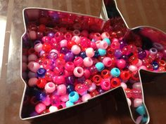 Christmas Craft   stay.at.home.life, this is a great use for all those beads my mother-in-law gave me