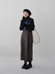 Trendy fashion drawing coat inspiration - Fashion Show Asian Fashion, Trendy Fashion, Winter Fashion, Vintage Fashion, Womens Fashion, Affordable Fashion, Korean Outfits, Mode Outfits, Fashion Outfits