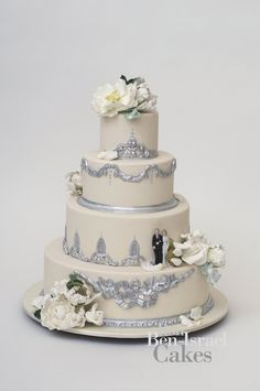 When it comes to amazing wedding cakes, no one does it like Ron Ben-Isreal! Description from facialhair.biz. I searched for this on bing.com/images