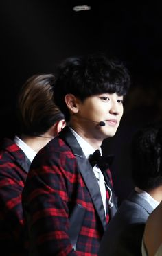 chanyeol 150101 he's so kyeopta here :D