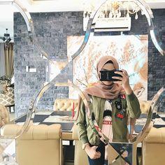 Hijab Casual, Ootd Hijab, Girl Hijab, Hijab Chic, Hijab Outfit, Muslim Girls, Muslim Women, Islamic People, Hijab Dpz