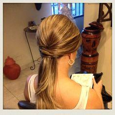 Peinado semi recogido