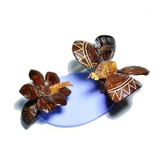 Borboleta decorativa de casca de coco (2 unidades) - Happy Market Pine Leaf, Super Glue, Coconut Shell, Shells, Butterfly, Decor, Craft, United States, Shelled